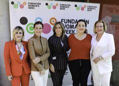 Madrid Woman's Week 2019 pone en valor la unidad de acción por la Igualdad: PP, PSOE y Podemos. Madrid, Coat, Fashion, Female Leaders, Equal Opportunity, Moda, Sewing Coat, Fashion Styles, Peacoats