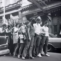 Yvonne Rainer, Street Action (M-Walk), 1970