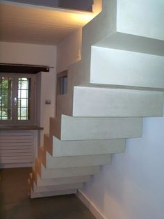 Trepte, Contratrepte, Intrados Microtopping Concrete Art, Interior Inspiration, Stairs, Lsu, Staircases, House, Home Decor, Stairway, Decoration Home