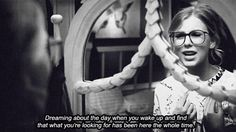 You Belong With Me ~Tay Swift ♥ {GiF}