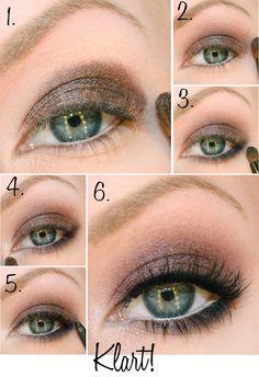Plum-Bronze Eyeshadow