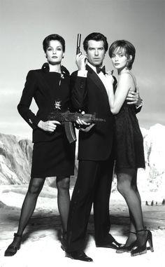 007 #18 1995 ••Golden Eye•• BondGirls 18: Izabella Scorupco (Poland) as Natalya Simonova & Famke Janssen (Netherlands) as Xenia Onatopp • Bond: Pierce Brosnan (his 1st Bond, the 5th to act as JB; finally replacing Timothy Dalton)