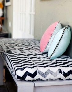 Love me some chevron ziggy zaggies! Want to make some variation of this for la shoppe!