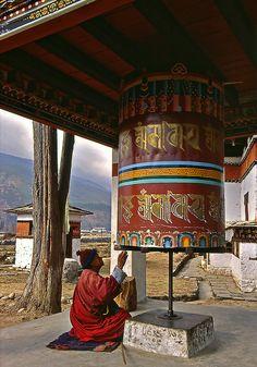 Bhutan -  pays d'Asie du Sud sans accès à la mer - Source : Wikipédia - Moulin à prières -