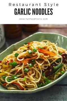 Pasta Recipes Indian, Veg Recipes, Spicy Recipes, Asian Recipes, Cooking Recipes, Chicken Noodles Recipe Indian, Chilli Garlic Noodles, Pasta Indian Style Recipe, Gourmet