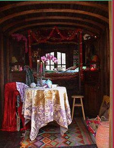 More gypsy wagon interior Gypsy Trailer, Gypsy Caravan, Gypsy Living, Bohemian Living, Gypsy Life, Gypsy Soul, Hippie Life, Bohemian Gypsy, Bohemian Decor