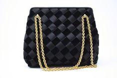 ccc94c5d3 358 Best Vintage & Designer Womens Handbags images in 2019 | Classic ...