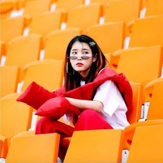 Le ji eun Aesthetic Photo, Aesthetic Girl, Pop Group, Girl Group, Warner Music, Orange Aesthetic, Woman Crush, Me As A Girlfriend, K Idols
