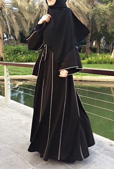 Hemming Stitch Abaya with Panels - Black / Plus Size Abaya / Dubai Abaya / Kimono Abaya / Open Front Abaya Dubai, Hijab Mode Inspiration, Muslim Women Fashion, Islamic Fashion, Mode Niqab, Abaya Noir, Abaya Designs Dubai, Burqa Designs, Modern Abaya
