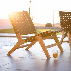 L'indispensable de cet été : le fauteuil de jardin bas en teck brut  ETHNIKA Ermanno G