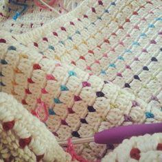 crochetbetweenworlds crochet blanketO ༺✿Teresa Restegui http://www.pinterest.com/teretegui/✿༻