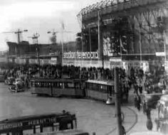 Een oude foto van De Kuip Rotterdam, Old City, Old Pictures, Netherlands, Holland, Street View, History, Photography, Soccer