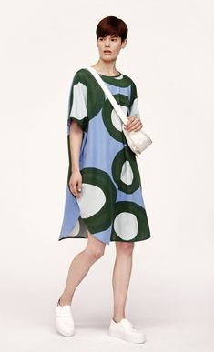 The Klaava pattern in shades of light blue, dark green and mint adorns the Katariina dress, which is made of viscose jersey. The dress has a round neckline, short kimono sleeves and an extra loose cut to the round hemline just above the knee. Shades Of Light Blue, Light Blue Green, Marimekko Fabric, Crazy Outfits, Short Kimono, Favorite Color, Hemline, Dressing, High Neck Dress