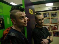 Haha drool... Waylon Reavis & Rick Thomas from Mushroomhead... So hot!!!