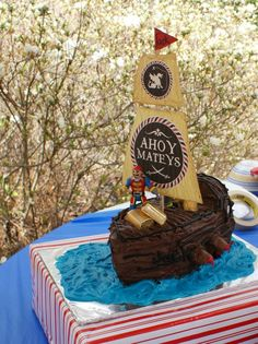 Mama-made Pirate Party: DIY Ship Cake and Piñata