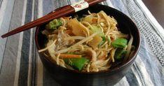 Blog de cocina. Recetas faciles, sanas y ricas. Wok, Japchae, Ethnic Recipes, Arrows, Vegetarian, Soy Sauce, Vegetables, Canning, Tasty