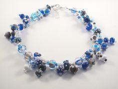Handgemaakte glaskralen verwerkt tot ketting. www.pk-kreatief.nl Handmade lampwork beads.