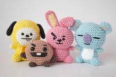 Crochet Bee, Kawaii Crochet, Learn To Crochet, Cute Crochet, Crochet Dolls, Easy Crochet Patterns, Crochet Designs, Crochet Phone Cover, Yarn Dolls