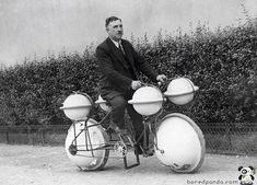 Amphibious Bike. Paris, 1932.
