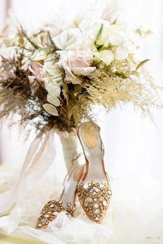 Modern Myth in 2020 Wedding News, Chic Wedding, Luxury Wedding, Floral Wedding, Event Planning Design, Event Design, Vera Wang Gowns, Flower Factory, Simple Elegant Wedding
