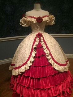 MTL Dress Illinois museum