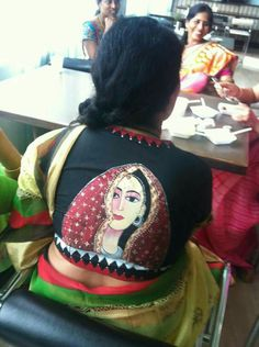 Saree Painting, Dress Painting, Fabric Painting, Hand Painted Sarees, Hand Painted Fabric, Fancy Blouse Designs, Blouse Neck Designs, White Shirts Women, Blouses For Women