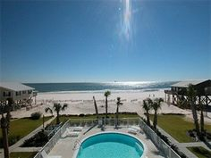 Save 40% on March stays (use promo code HD)! The Courageous #beach house in Fort Morgan, AL is a west-side duplex that sleeps 12 in 5 bedrooms. This wedding-friendly #vacation property boasts 2 master suites (one on the 3rd floor) and an elevator. Directly behind the house is the community pool, and the outdoor shower makes it easy to keep the sand outdoors. Attractive and comfortable, your group will feel right at home. Photos, virtual tours, details…