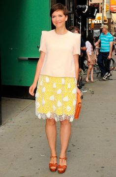 Maggie Gyllenhaal is on Harper's Bazaar's best dressed list. by Erin Walsh by Simon R. by Thomas Dunkin. Erin Walsh, Camo Skirt, Maggie Gyllenhaal, Animal Print Skirt, Nice Dresses, Summer Dresses, Leopard Skirt, Stripe Skirt, Printed Skirts