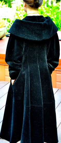 Vintage Lilli Ann 1940's coat