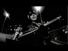 Yorke and Björk - Merry Christmas - YouTube