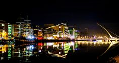Dublinin uudempaa arkkitehtuuria edustaa Samuel Beckett Bridge. Kuva: Owen Byrne, flickr.com, CC BY 2.0. Monet, Dublin, Opera House, Fair Grounds, Building, Fun, Travel, Viajes, Buildings