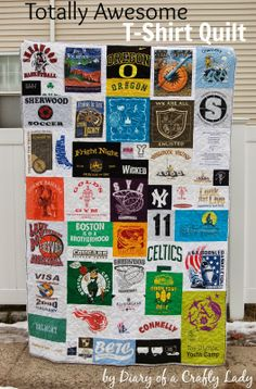 AWESOME! T-shirt Quilt Tutorial @ Diary of a Crafty Lady - Uneven quilt squares makes a unique #quilt! #tshirtquilt #tshirt