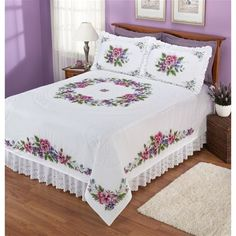 Discover thousands of images about Pansies - Stamped Cross Stitch Quilt Bedding, Linen Bedding, Bedding Sets, Queen Bed Quilts, Queen Beds, Designer Bed Sheets, Crochet Bedspread, Quilt Top, Quilt Cover