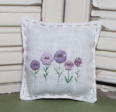 Lavender sachet with button flowers by MeadowValleyLavender