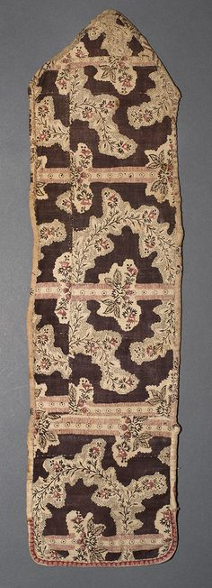 Tool (for needlework) (Needle case) Category: Textiles (Needlework) Place of Origin: England, United Kingdom, Europe Date: 1780-1800 Materials: Cotton; Linen Techniques: Block printed, Mordant style, Woven (plain), Discharge style Museum Object Number: 1960.0196