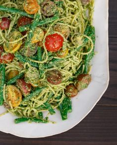 Best Lemony Pesto Spaghetti with Tomatoes and Haricots Verts Recipe - The Yellow Table Wine Recipes, Cooking Recipes, Healthy Recipes, Haricot Verts Recipe, Cooper Kitchen, Yellow Table, Pesto, Main Dishes, Spaghetti