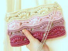 Little Crochet: Crochet Clutch pequeño bolso de mano hermoso en rosas degrade