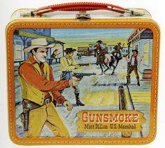 Vintage lunchbox - classics! Retro Lunch Boxes, Lunch Box Thermos, Cool Lunch Boxes, Metal Lunch Box, School Lunch Box, Whats For Lunch, Lunch Containers, Vintage School, Historical Art