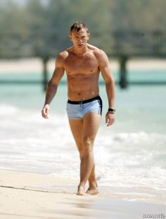 Daniel Craig Films 'Casino Royale' Wearing Iconic Bathing Suit