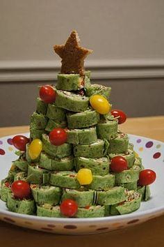 26 easy and adorable diy ideas for christmas treats pineapple christmas party finger food recipes forumfinder Images