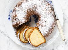 Cheesecake pound cake