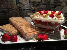 Erdbeertiramisu, ein gutes Rezept mit Bild aus der Kategorie Frucht. 318 Bewertungen: Ø 4,6. Tags: Dessert, Frucht, Frühling, Sommer