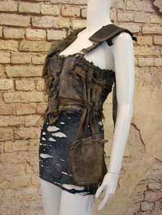 Verontruste denim jurk post apocalyptische van KultRemade op Etsy