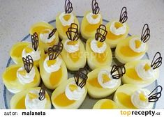 Semifreda - minidortíky - recept fotopostup - TopRecepty.cz Mini Cakes, Sushi, Food And Drink, Pudding, Sweets, Ethnic Recipes, Advent, Gummi Candy, Custard Pudding