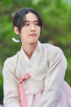 The Tale of Nokdu (조선로코 - 녹두전) Korean - Drama - Picture @ HanCinema :: The Korean Movie and Drama Database Jung Joon Ho, Handsome Korean Actors, Kim Sohyun, Korean Drama Movies, Korean Dramas, Kdrama Actors, Korean Celebrities, Asian Actors, Documentary Film