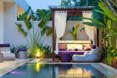 anemalous-villas-spa-pool