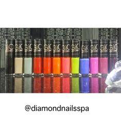 O Diamond Nails Spa está com a nova coleção dos esmaltes Giovanna Antonelli. Venha conferir! (41) 3029-3131 ou (41) 9747-9504 #diamondnailsspa #spa #naildiamond #esmaltes #nailpolish @gioanto @speciallita