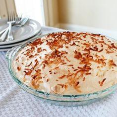 Coconut Cream Pie by itbakesmehappy