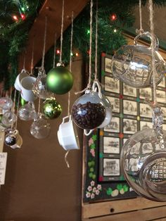 Holiday decor in a fresno coffee shop [photo by perkynblue] My Coffee Shop, Coffee Shop Design, Coffee Coffee, Christmas Window Display, Christmas Bulbs, Christmas Wishes, Starbucks Crafts, Design Café, Store Design