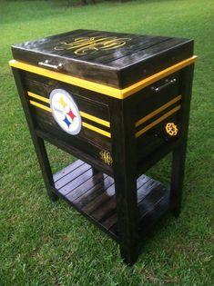 Steelers Cooler Deck Cooler, Wood Cooler, Cooler Stand, Ice Chest Cooler, Cooler Box, Cooler Cart, Wooden Pallet Projects, Wood Pallet Furniture, Dallas Cowboys Blanket